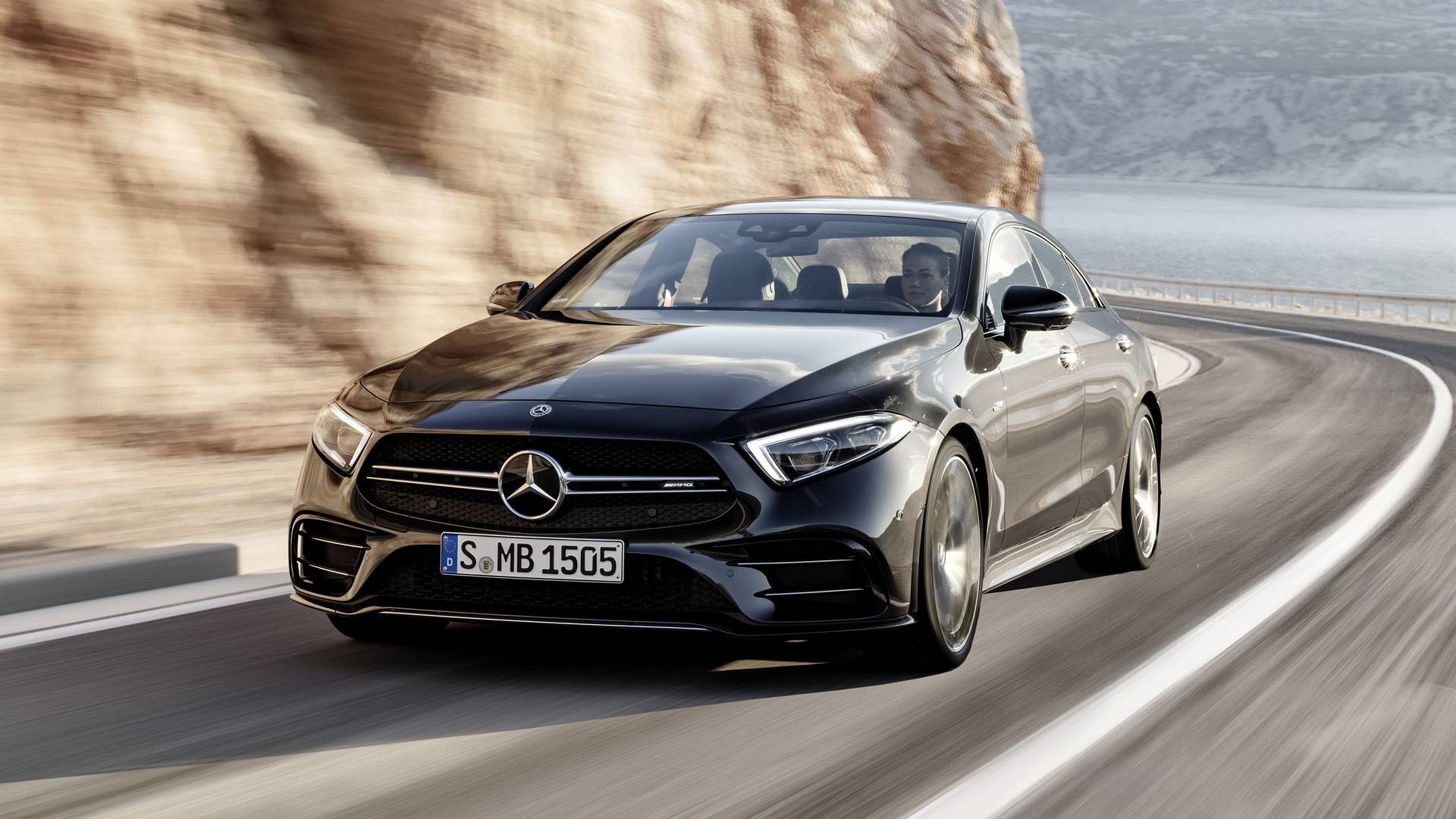 https://icdn-1.motor1.com/images/mgl/ovx12/s1/2019-mercedes-amg-cls53.jpg