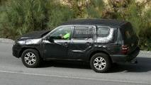 SPY PHOTOS: New Toyota Landcruiser