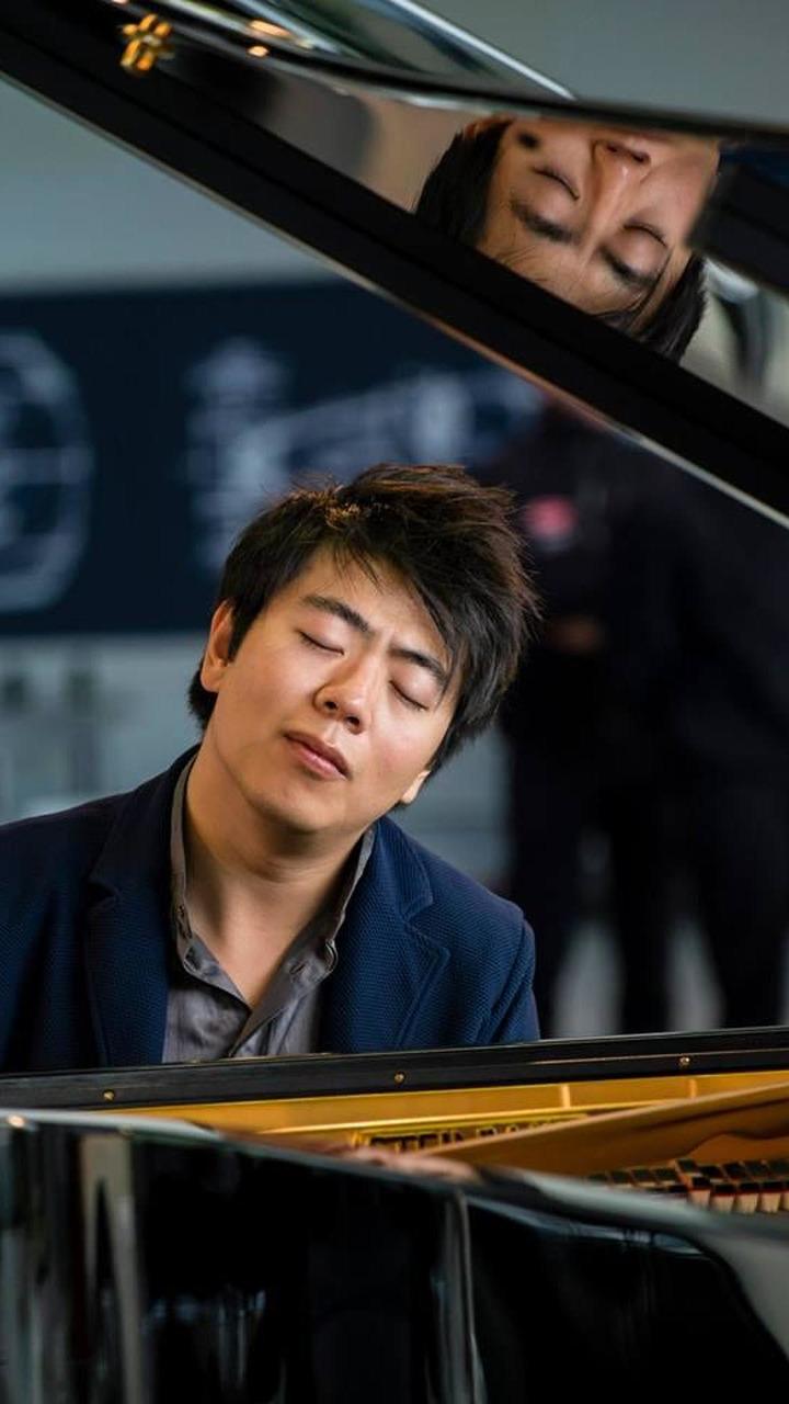 Lang Lang concert for Bugatti 03.10.2013