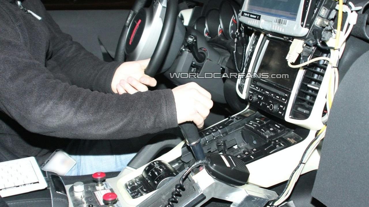 2011 Porsche Cayenne interior spy photo