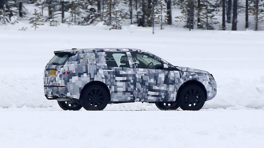 2015 Land Rover Freelander spied on a frozen lake