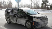 2016 / 2017 Chrysler Town & Country spy photo