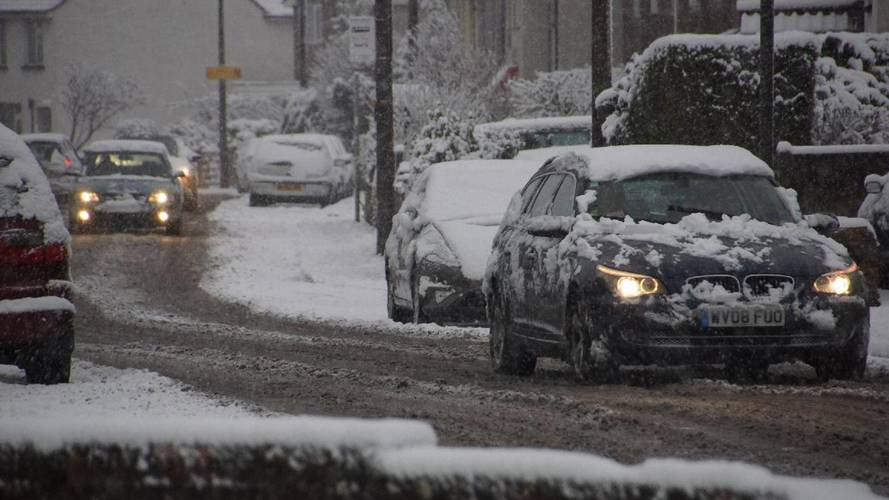More than 120,000 breakdowns expected as wintry weather hits