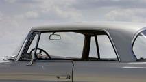 1961: Mercedes-Benz 220 SEb Coupe