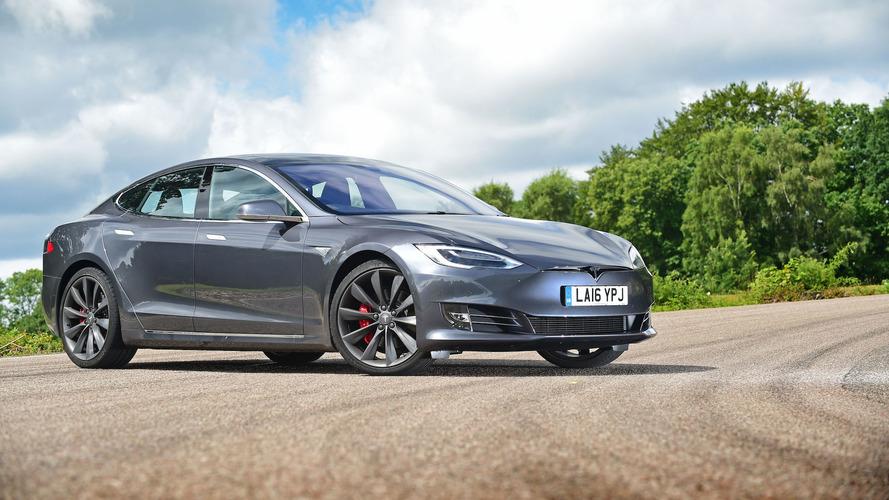 Kikerült a bőrülés a Tesla Model S és Model X opciós listájáról