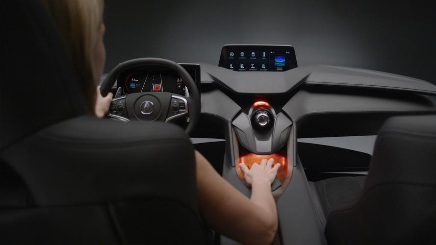 Acura'nın Precision Cockpit konsepti otomobil sürmenin geleceğini öngörüyor
