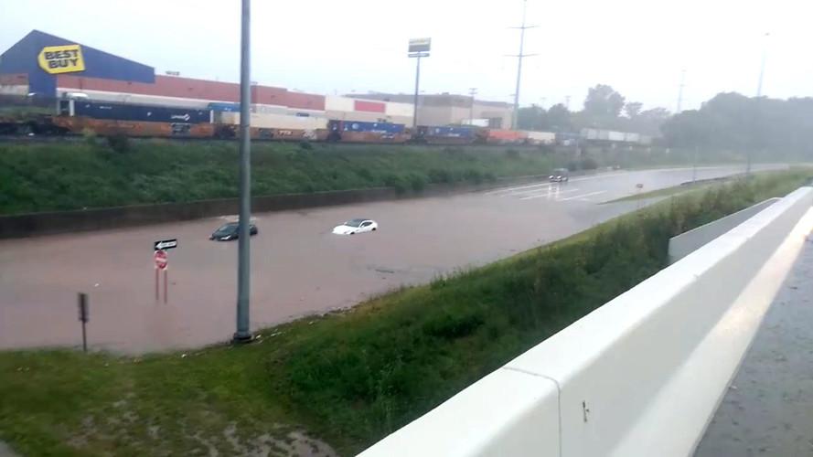 Ferrari FF Flood Cleveland, OH