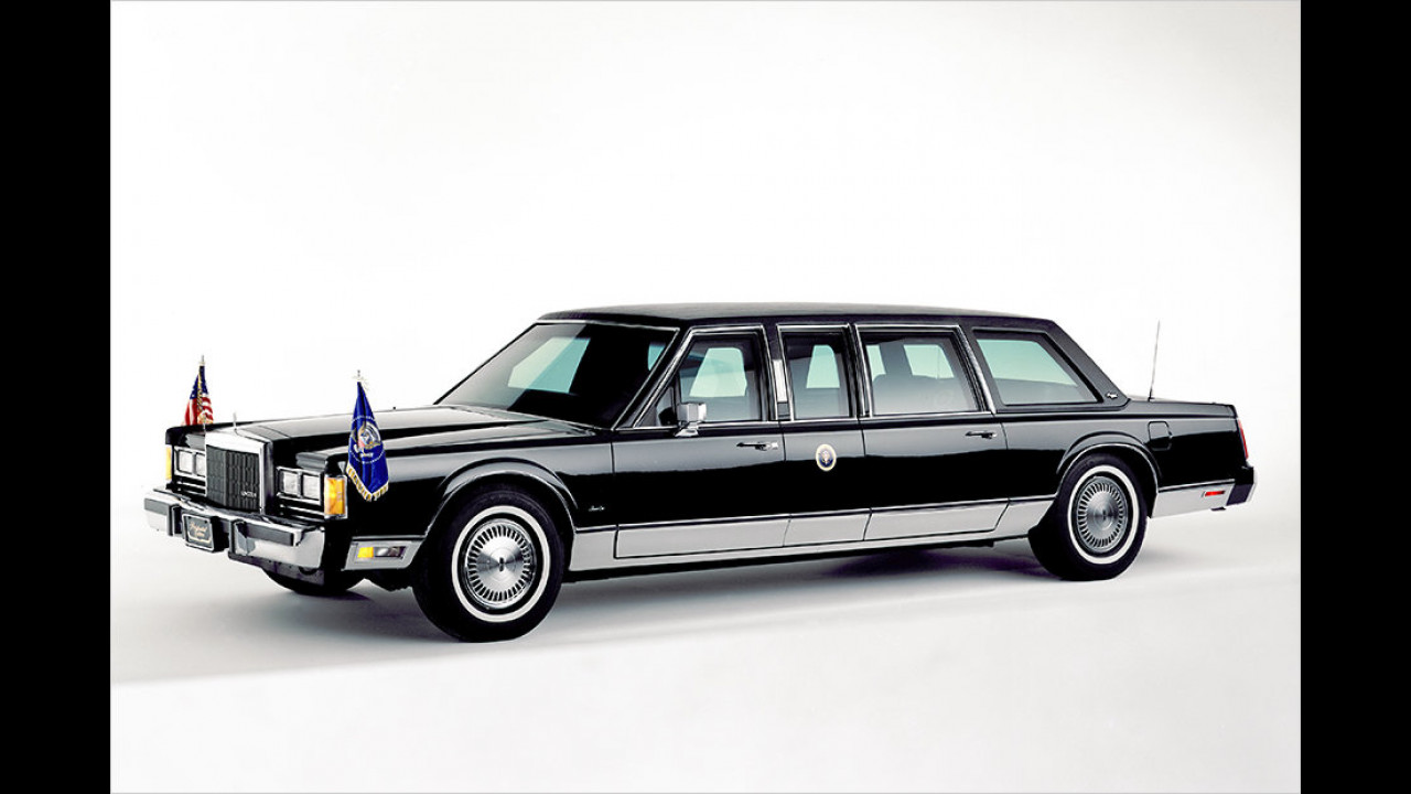 George Bush Sr.: Lincoln Town Car (1989)