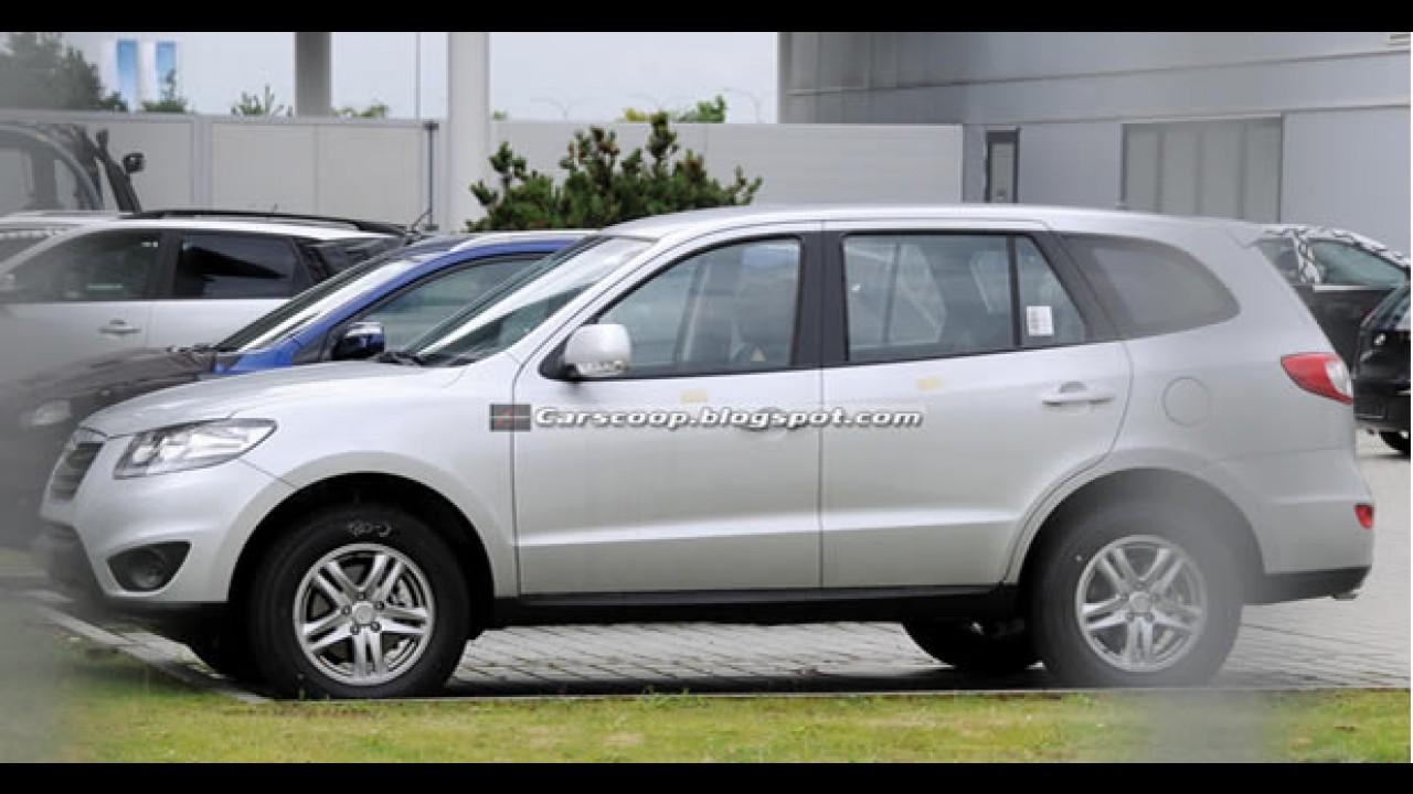Hyundai Santa Fé 2010: Versão européia reestilizada é flagrada sem disfarces
