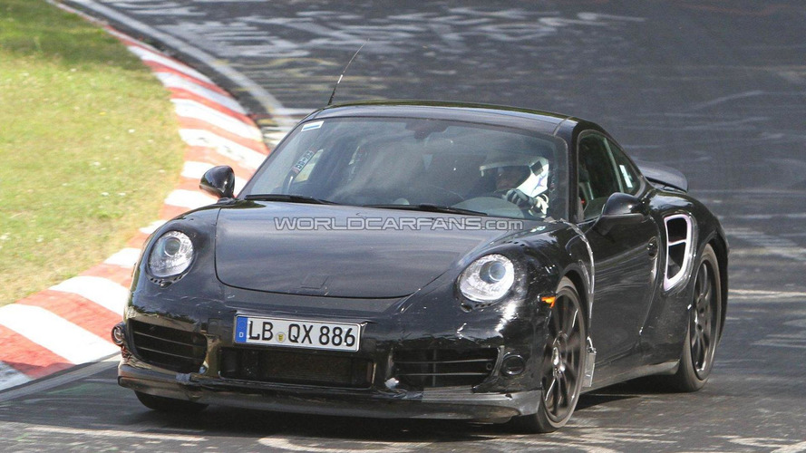2014 Porsche 911 Turbo to feature four-wheel steering - report