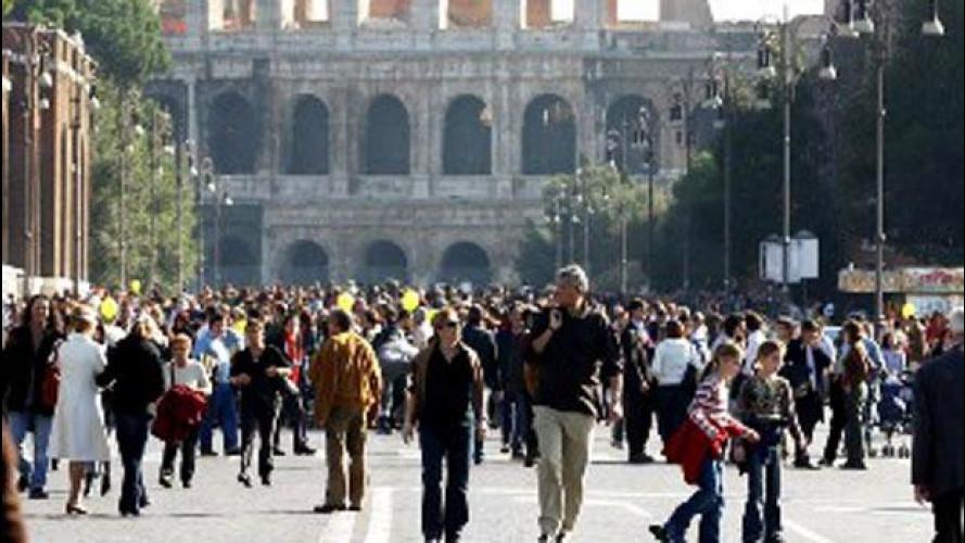 Roma, al via la pedonalizzazione parziale dei Fori Imperiali