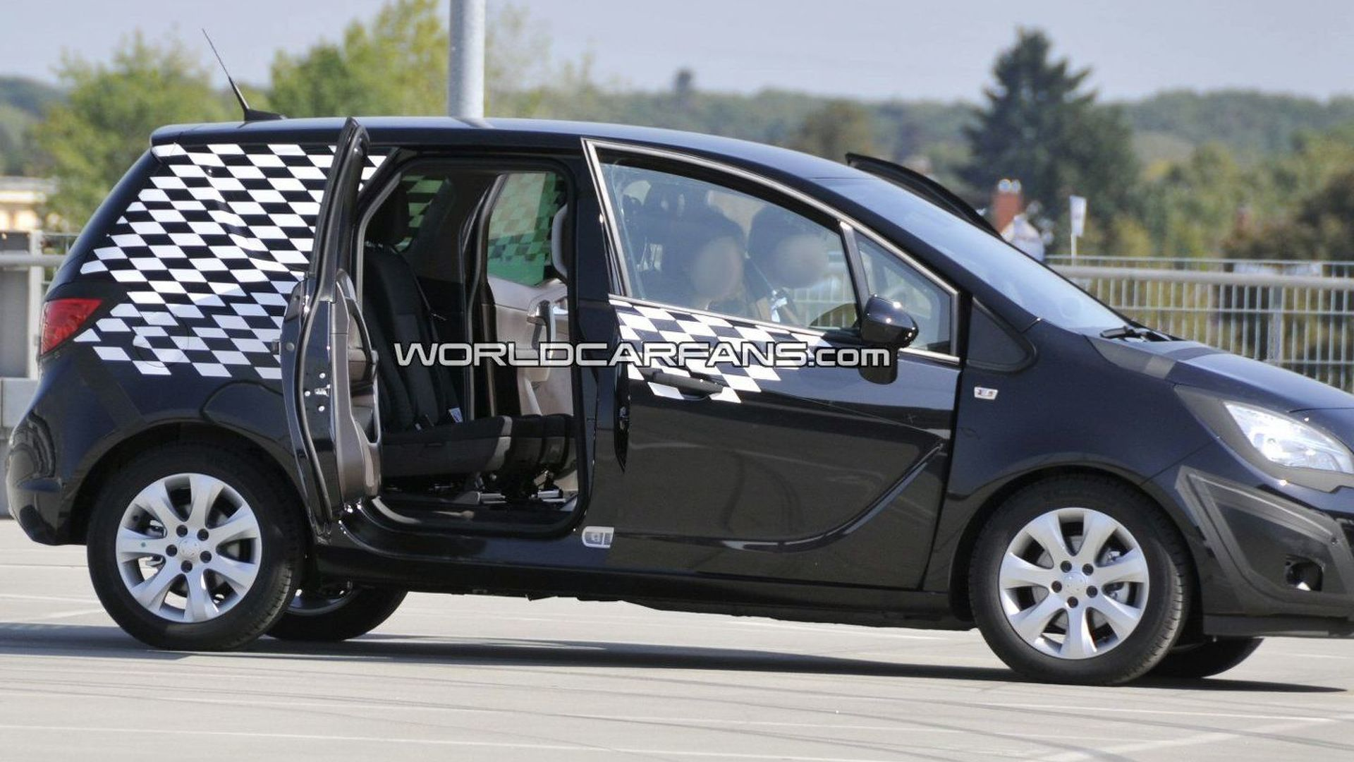Opel meriva spied with flex doors wide open sciox Image collections