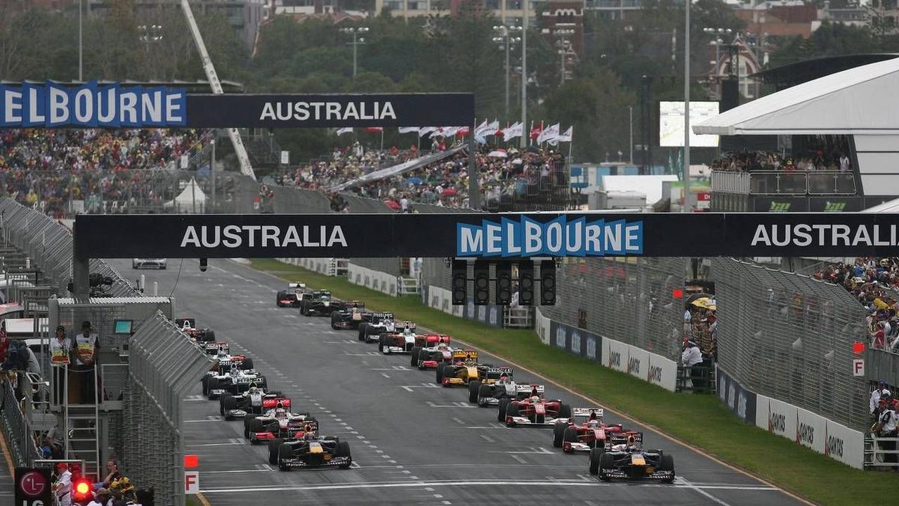 Start, Sebastian Vettel (GER), Mark Webber (AUS), Australian Grand Prix, 28.03.2010 Melbourne, Australia