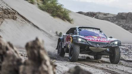 Sainz acaricia su segundo Dakar, tras el descalabro de Peterhansel