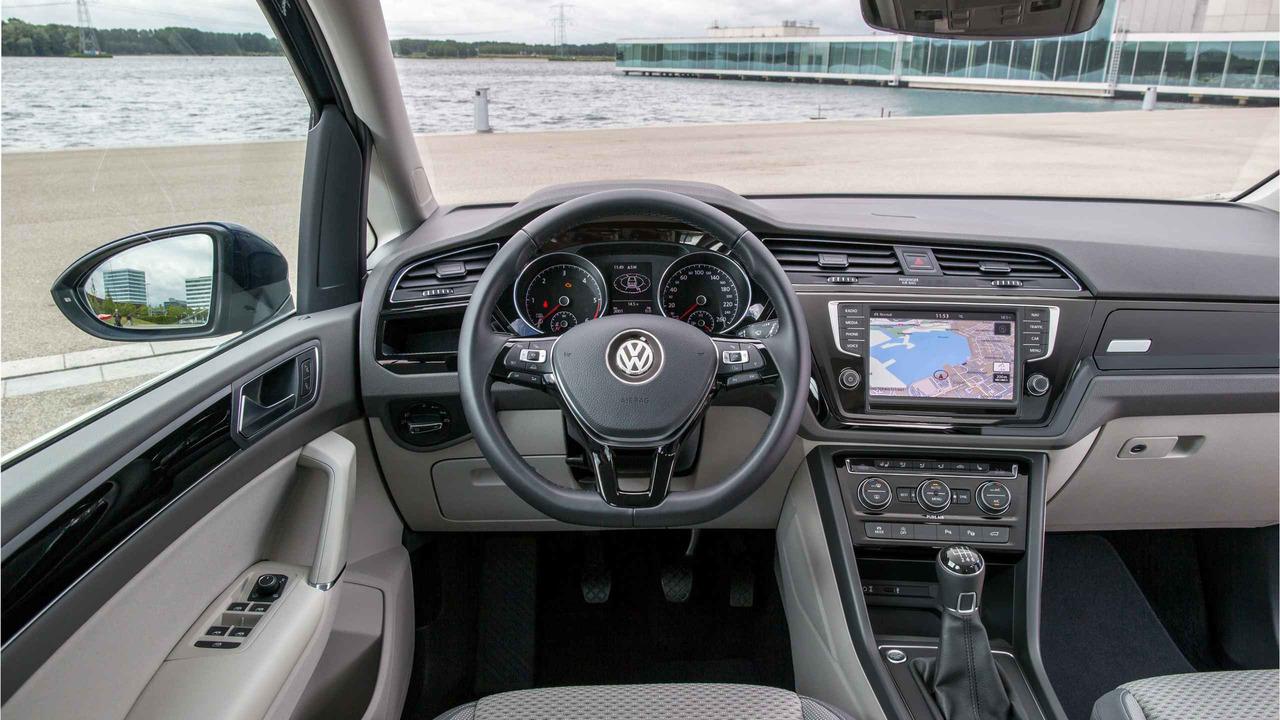 2017 Volkswagen Touran