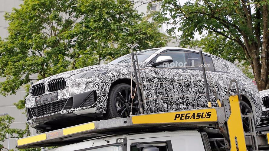 BMW X2'nin ön bölümü yakından görüntülendi