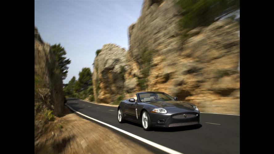 Jaguar XKR senza veli
