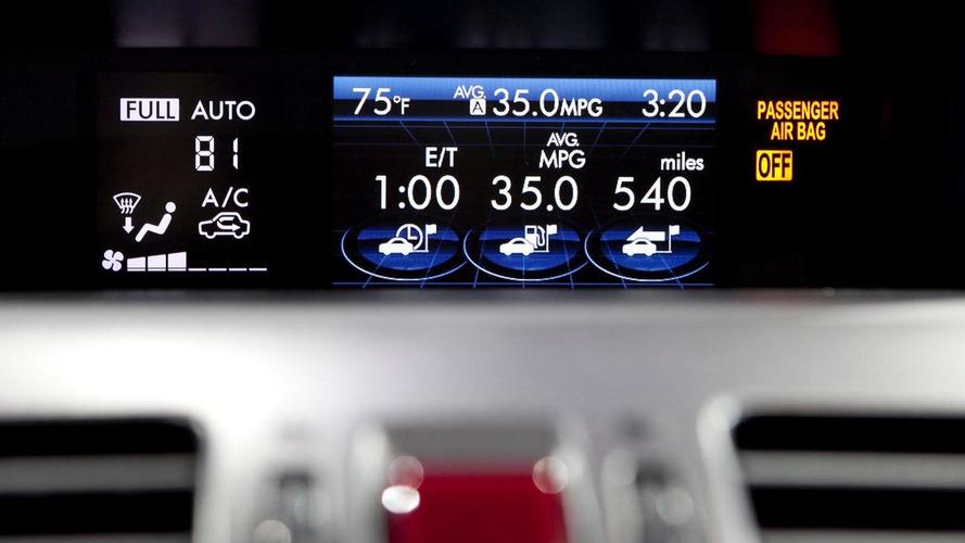2014 Subaru XV Crosstrek Hybrid debuts in New York [video]