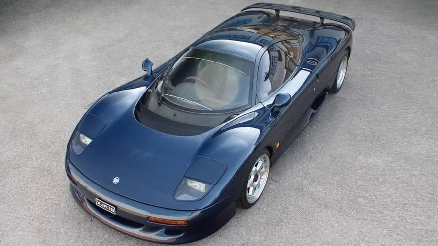 Bu Jaguar XJR-15 ile dikkat çekmek garanti!
