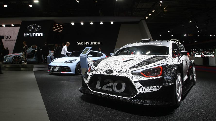 Hyundai i20 WRC aracı Paris'te sergileniyor