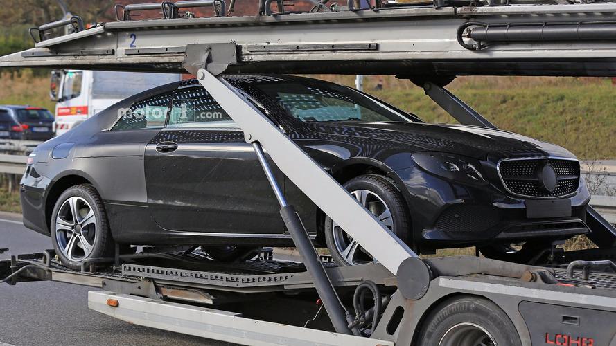 2017 Mercedes E Sınıfı Coupe, Detroit lansmanına hazır görünüyor
