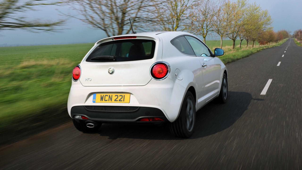 Alfa-Romeo_Mito_003