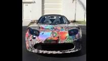 Doidão? Tesla ganha visual psicodélico