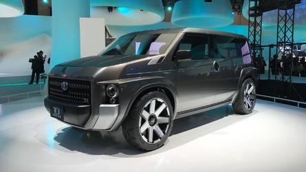 Toyota Tj Cruiser é mistura de SUV quadradão com van