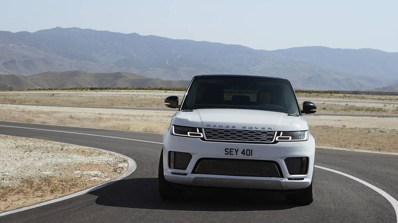 2018 Range Rover Sport Debuts Plug-In Hybrid, More Powerful SVR