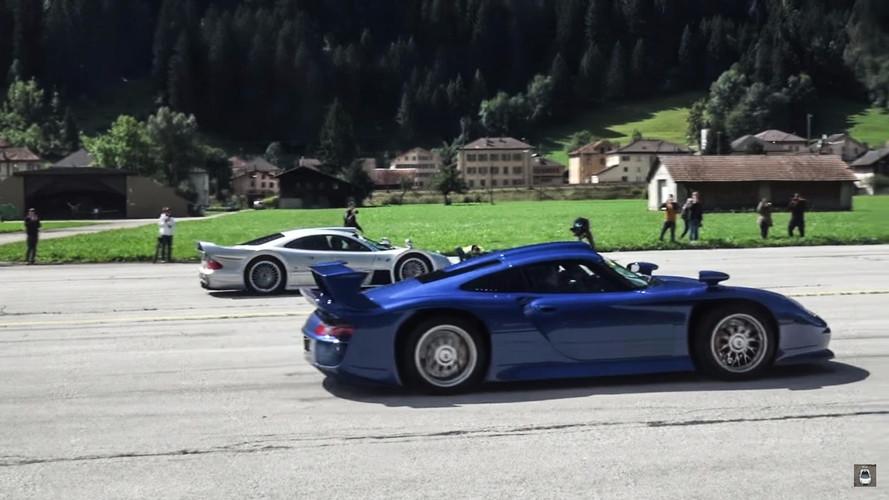 Cuando un Porsche GT1 se enfrenta al Mercedes-Benz CLK GTR...