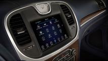 2017 Chrysler 300 bilgi eğlence sistemi
