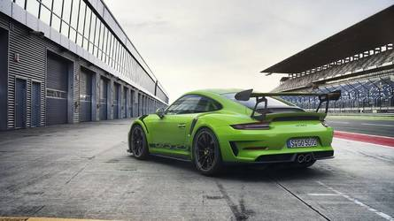 This is our first glimpse of the Porsche 911 GT3 RS