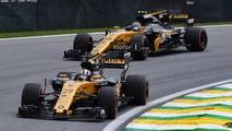 Nico Hulkenberg, Renault Sport F1 Team RS17 and Carlos Sainz Jr., Renault Sport F1 Team RS17
