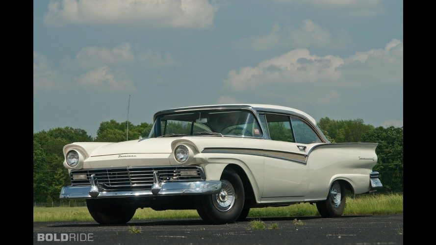 Ford Fairlane 500 Supercharged Victoria Coupe