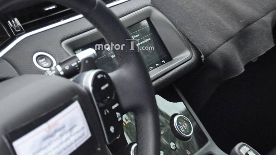 Flagra: Novo Range Rover Evoque 2019 ganhará interior inspirado no Velar