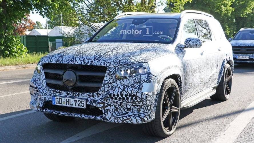 2020 Mercedes GLS new spy photos