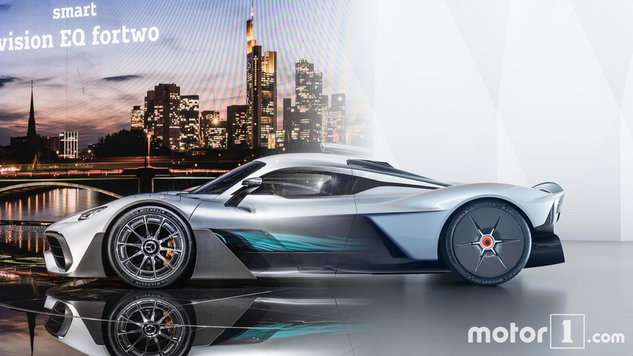 Comparatif - Mercedes-AMG Project One contre Aston Martin Valkyrie