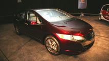Honda FCX Clarity at New York Auto Show 2009