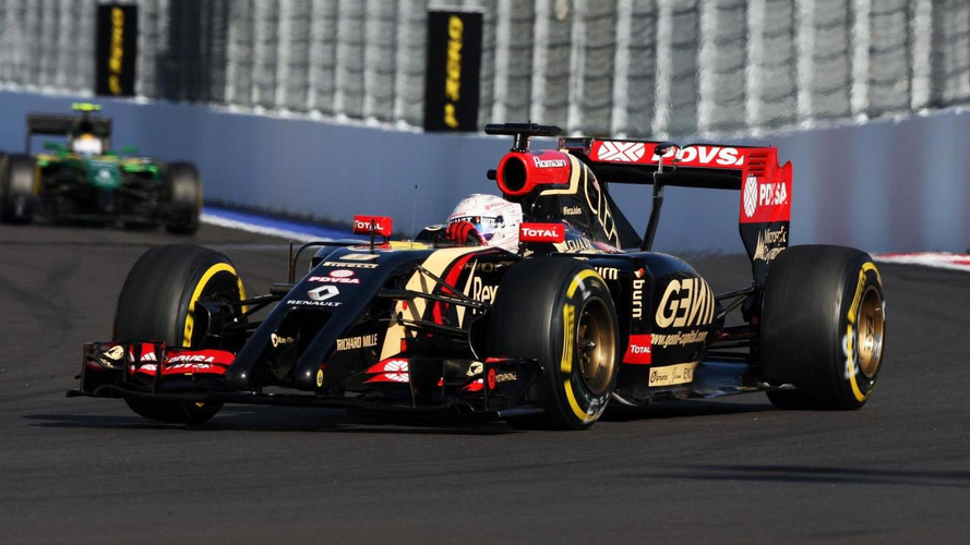 Grosjean hints at Lotus stay for 2015