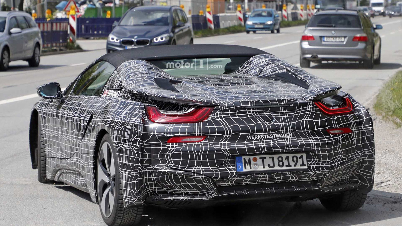 2018 bmw i8 spyder prototypes spied with the top up and down. Black Bedroom Furniture Sets. Home Design Ideas