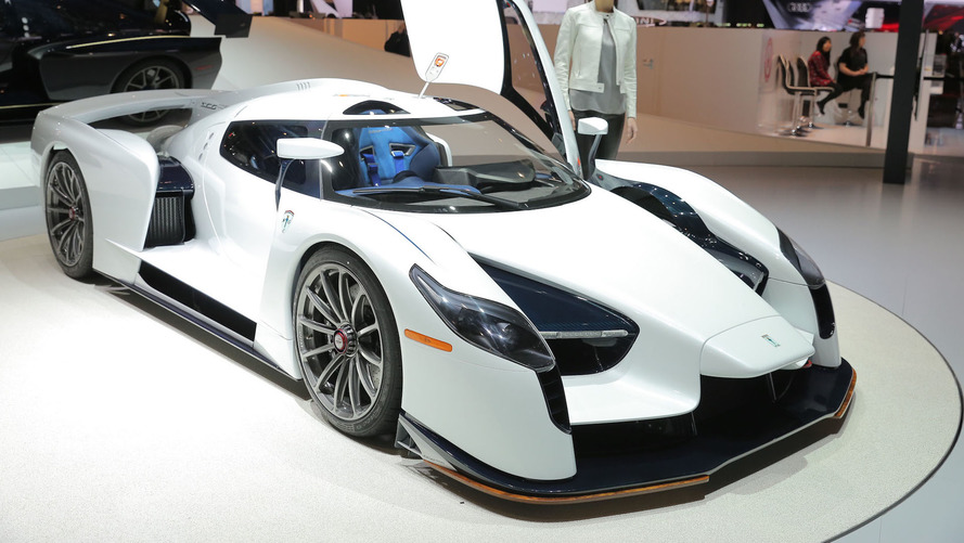 Road-going SCG 003S wows in Geneva with 800 hp