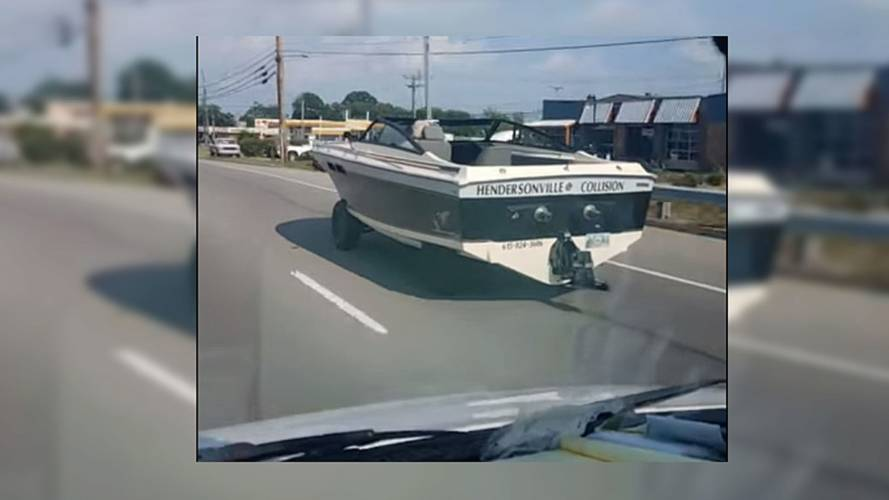 ABD caddelerinde bir tekne görüntülendi