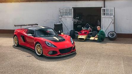 F1-világbajnokok tiszteletére készített modelleket mutatott be a Lotus