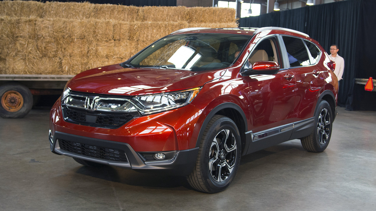 2017 honda cr v revealed with more space turbo power. Black Bedroom Furniture Sets. Home Design Ideas