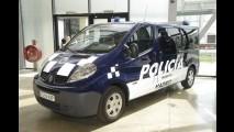 Ostentação: frota da polícia de Madrid agrega o Renault Megane Coupe RS