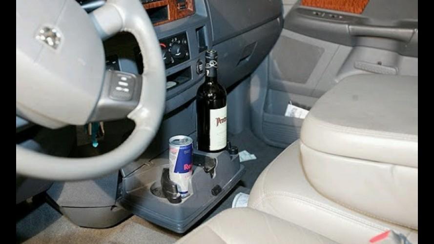 Transportar bebidas dentro do carro poderá gerar multa