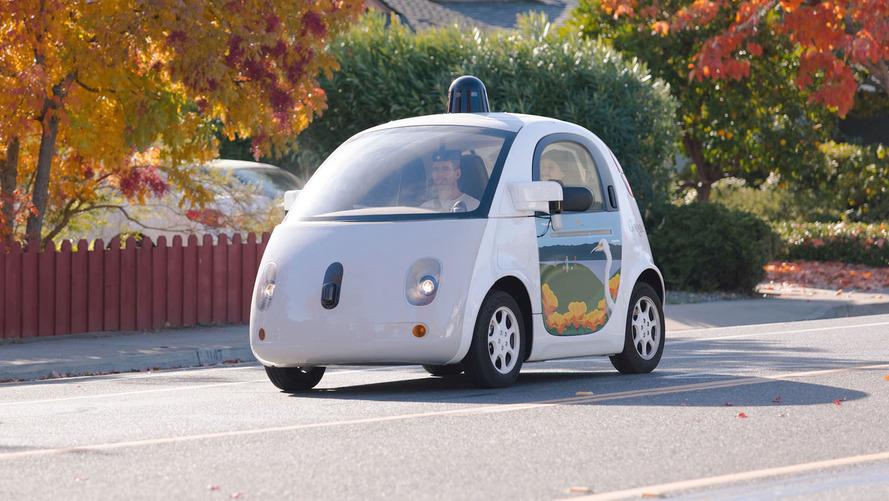 Google, otonom araç planlarında değişikliğe gitti