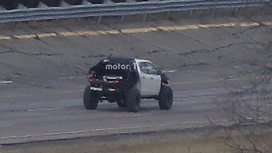 Chevy Colorado ZR2-based mule spotted with chunky tires