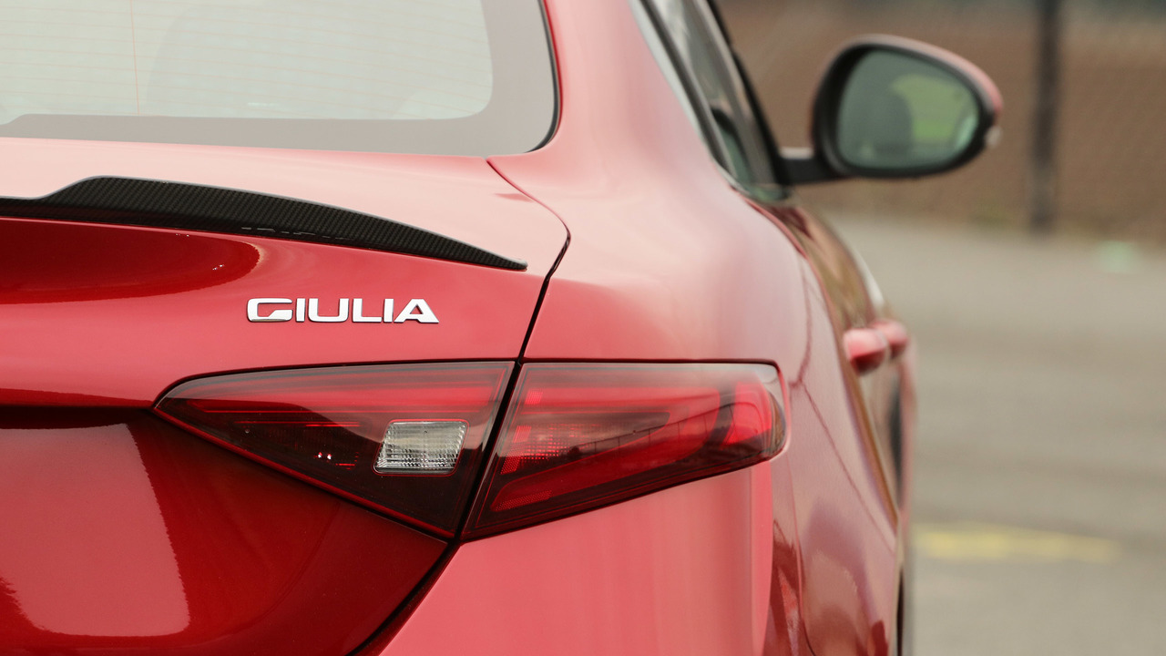 Alfa Romeo Giulia saloon review  Carbuyer
