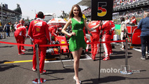 Grid girl for Sebastian Vettel, Ferrari SF16-H